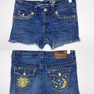 Seven 7 Jean Cutoff Shorts Beads Patches Size 4